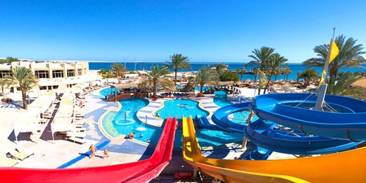 Hurghada: 4 Star All Inclusive Holiday with On-Site Water Park