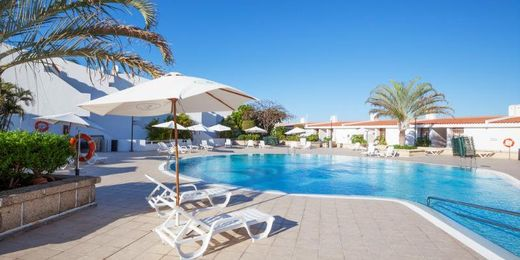 Tenerife Apartment Holiday Near Waterpark in Costa Adeje with Kids Stay FREE