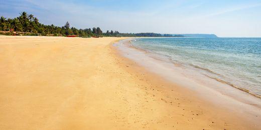 Goa: All Inclusive Radisson Beachfront Holiday