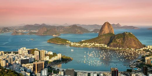 Southern Triangle: Escorted Tour Incl. Flights, Accommodation & Excursions from Buenos Aires to Rio