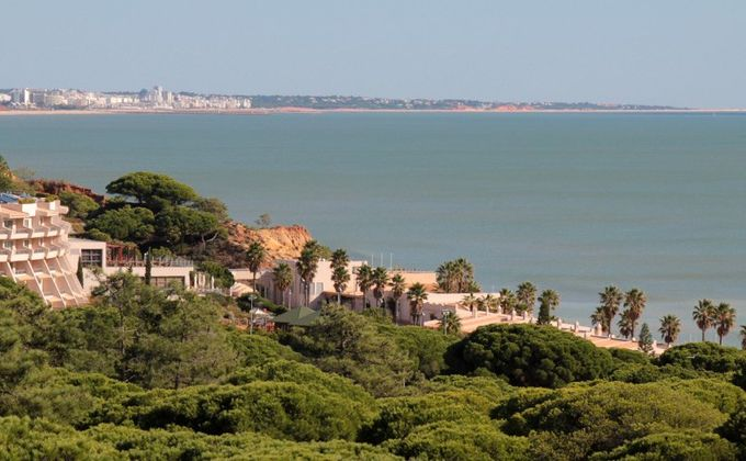 Algarve: Award Winning 4 Star Self Catering Beach Escape Incl. Flights
