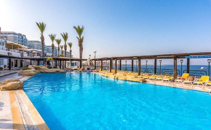 Malta: 4 Star Self Catering Beach Holiday