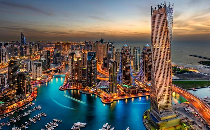 Asian Luxury Multi Centre: Dubai, Hong Kong & Bangkok Incl. Flights with Emirates