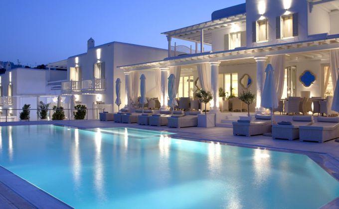 Mykonos: Luxury 5 Star Boutique All-Suite Beach Escape
