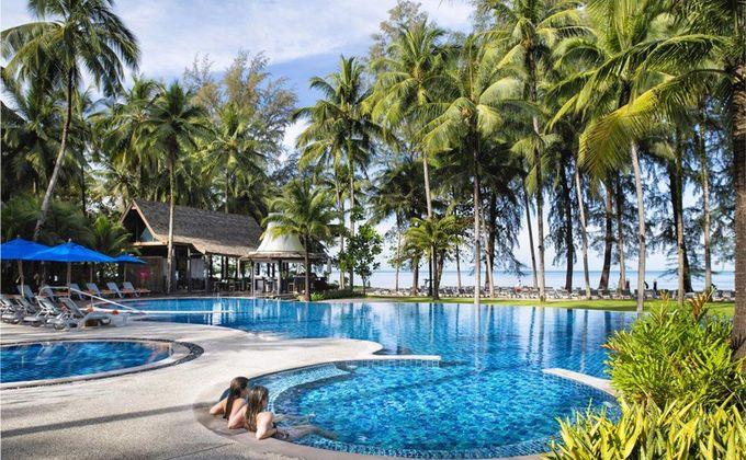 Thailand: Award Winning 4 Star Khao Lak Beach Holiday. Save 21%