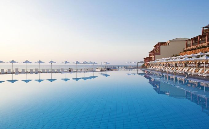 Kefalonia: Luxury Seafront 5 Star Half Board Getaway w/Infinity Pool & Kids Stay FREE