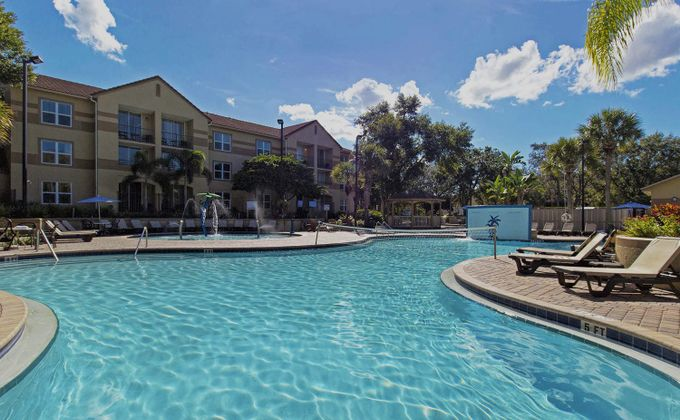 Orlando: 14 Nt Holiday in July & Aug to Lake Buena Vista w/Flights. Save an EXCLUSIVE 25%