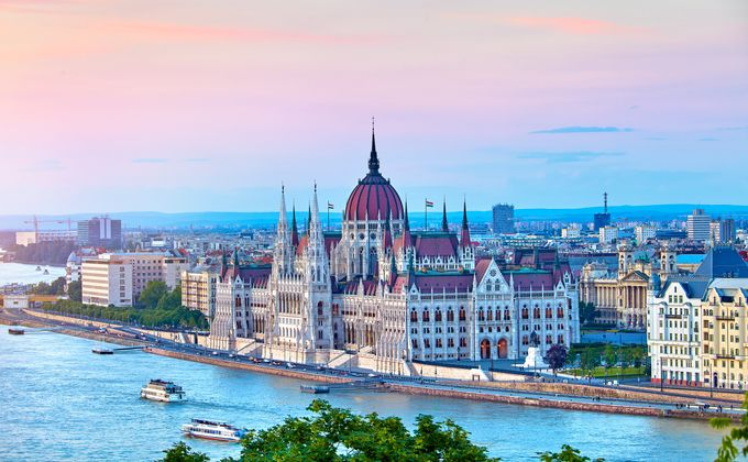 Budapest: City Break to Award Winning Hotel w/Flights & Breakfast