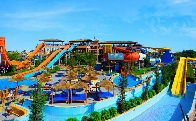 Hurghada: All Inclusive Holiday to Award Winning Hotel w/Aqua Park. Save 37%