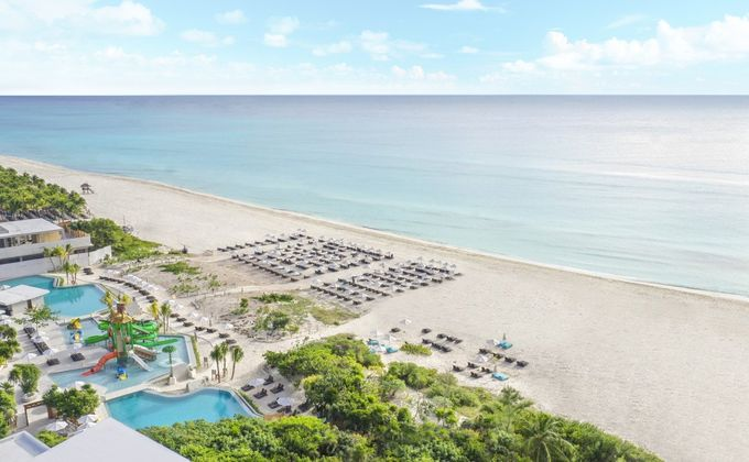 Mexico: 5 Star All Inclusive Holiday on the Riviera Maya w/Flights & Certificate of Excellence