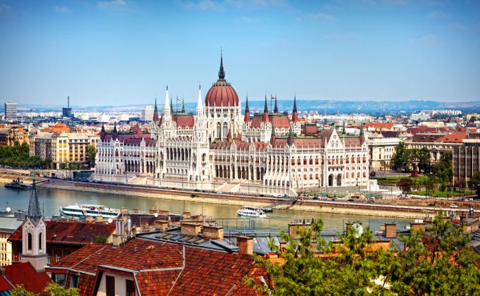 Budapest: 4 Star City Break w/Flights from Love Holidays