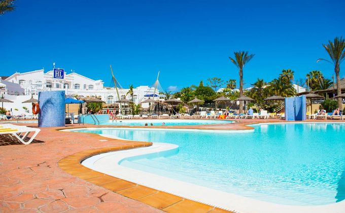 Lanzarote: 4 Star All Inclusive Holiday w/Water-Park