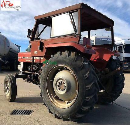 Tractor agrícola - Massey Ferguson - 135