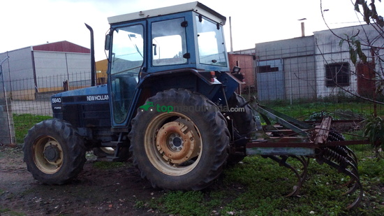 Tractor agrícola - New Holland - 5640