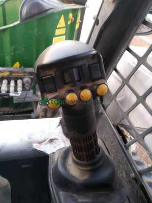 Minicargadora -  BOBCAT T 300