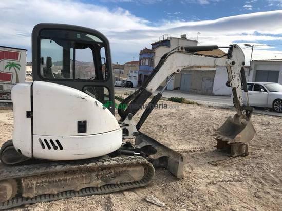 Mini Excavadora Bobcat 3.600 kilos