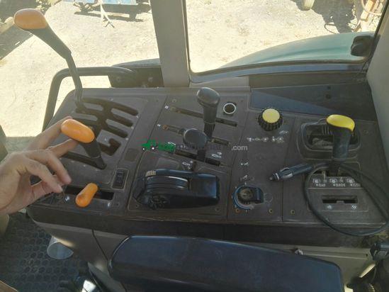 Tractor agrícola - John Deere - 6520