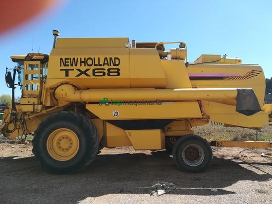 Cosechadora de Cereal - New Holland - TX 68