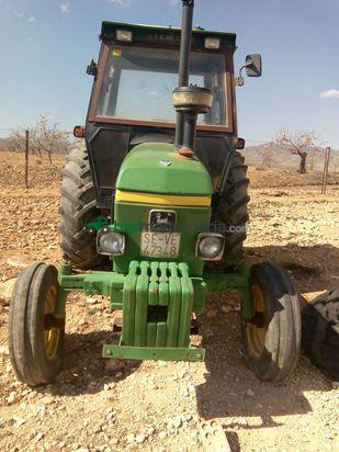 Tractor agrícola - John Deere - 2140st