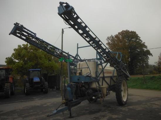 Pulverizador arrastrado - Evrard en Francia