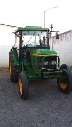Tractor agrícola - John Deere - 6210