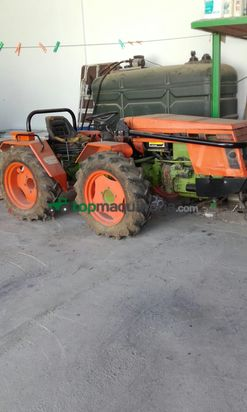 Tractor agrícola - Agria - 9945s