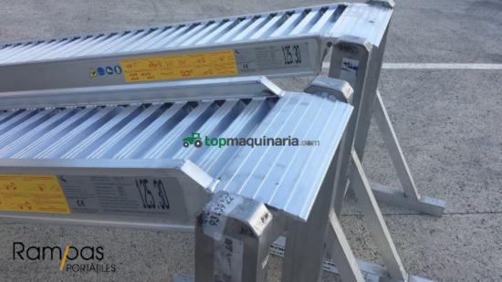 2 Rampas RCL 125.30 300 cm x 41 cm de ancho con bordes 4400 kilos/par