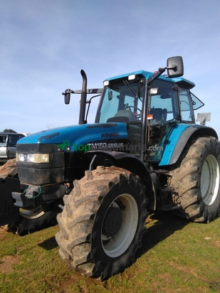 Tractor agrícola New Holland tm150 en Badajoz - Topmaquinaria