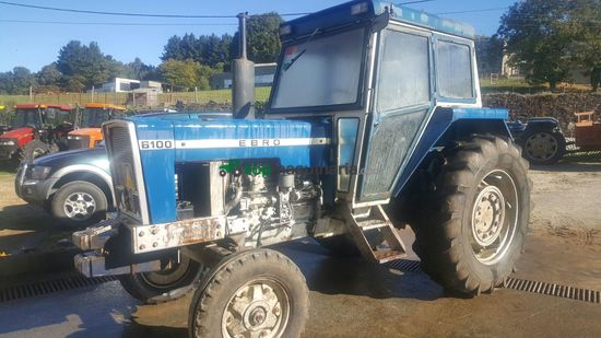 Tractor agrícola - Ebro - 6100st
