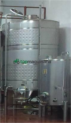 Recepción de vendimia - Depósito vinificacion 10.000