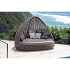 Shade Daybed