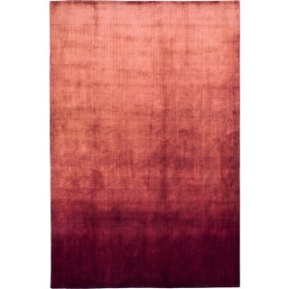 100% Viscose Light Reflecting Opulence Red Rug