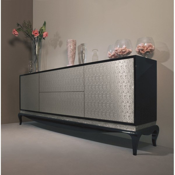 Black sideboard with 2 doors and 2 drawers with silver Niagara