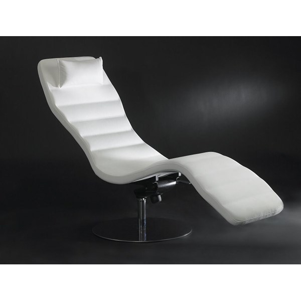 Luxury white leather chaise longue
