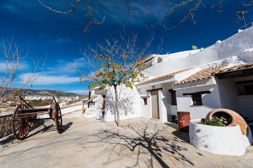 cave-accommodation-in-andalucia