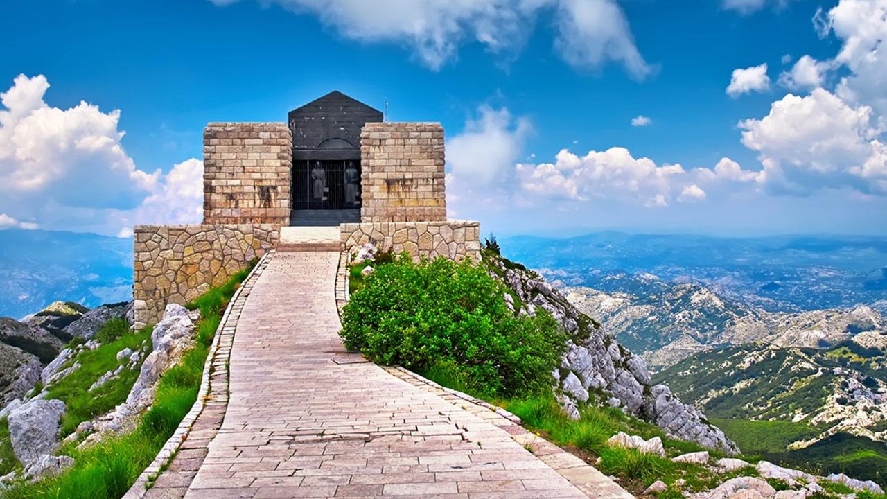 Sightseeing Tour in Montenegro, Kotor