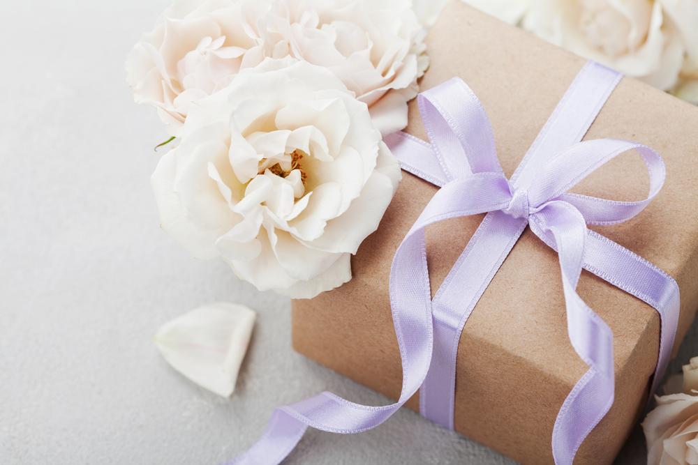 Wedding Gift ideas for Romantic Tours in Europe