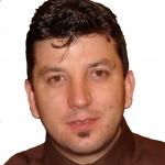 Daniel Conejero, Lavador de coches en Otura