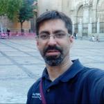 Raúl Marta, Electricista en Santiago de Compostela