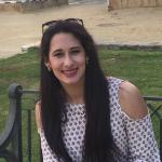 Sarita Lozano, Enfermera en Sevilla