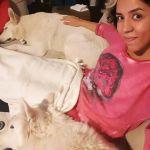Daniela Sarkis Jurasik, Paseadora de perros en Madrid