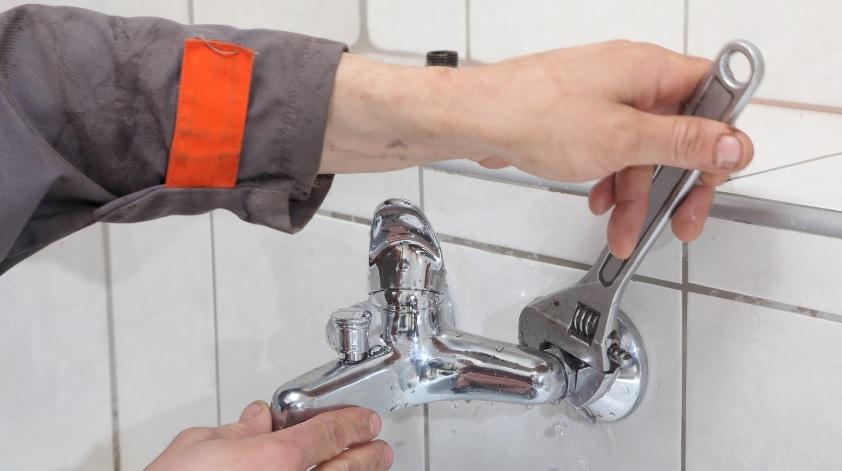 Cuánto cobra un fontanero por cambiar el grifo – Trabeja.com (Blog)
