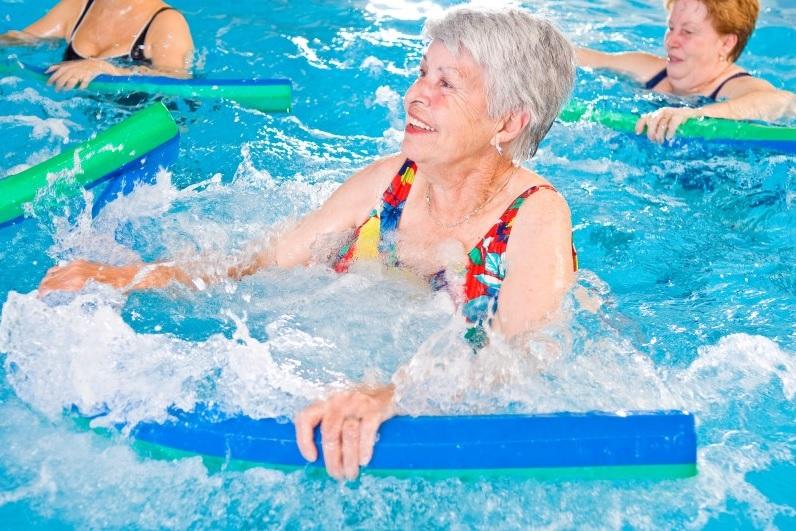 Profesor de aquagym, Gimnasia acuática para discapacitados