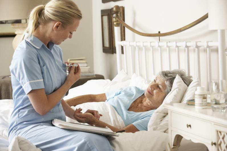 Enfermero, Enfermería en hospitales