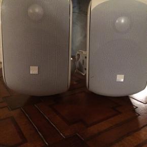 B&W højtaler sælges. I pæn stand og s - Århus - B&W højtaler sælges. I pæn stand og spiller som de skal. Ny pris er 1500 pr stk - min pris er 1500 for begge med ophæng. Ellers byd - Århus