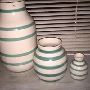 3 størrelser udgået kähler vaser sæl - Aalborg  - 3 størrelser udgået kähler vaser sælges pga plads mangel. Der er et meget lille hak i den mindste af dem ellers har de ingen fejl overhovedet. Jeg tænker omkring de 500kr men du er velkommen til at komme med et realistisk bud . De kan afhe - Aalborg