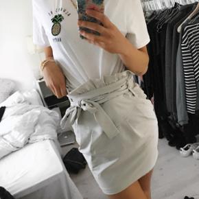Cute nederdel fra Gina Tricot - str. 36  - Helsingør - Cute nederdel fra Gina Tricot - str. 36 - aldrig brugt - Helsingør