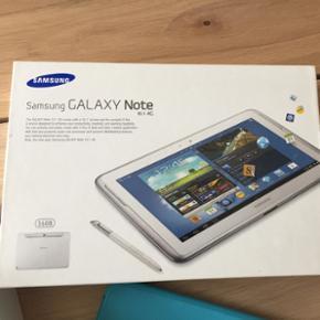 Samsung Galaxy Note 10.1 4G, 16GB - 1GB  - Fredericia - Samsung Galaxy Note 10.1 4G, 16GB - 1GB micro SD og Cover medfølger I rigtig god stand, enkelt brugsrids (se billede) Sælges fordi jeg ikke får den brugt mere - Fredericia