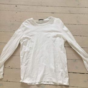 Sælger denne hvide trøje fra Samsøe S - Helsingør - Sælger denne hvide trøje fra Samsøe Samsøe, for en ven, den fejler intet og er i pæn stand. Det er en str. M-L i drengestørrelse