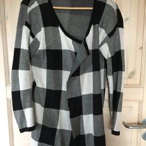 79b6c9210ee Blandet tøj st køb, salg og brugt lige her | Se mere her side